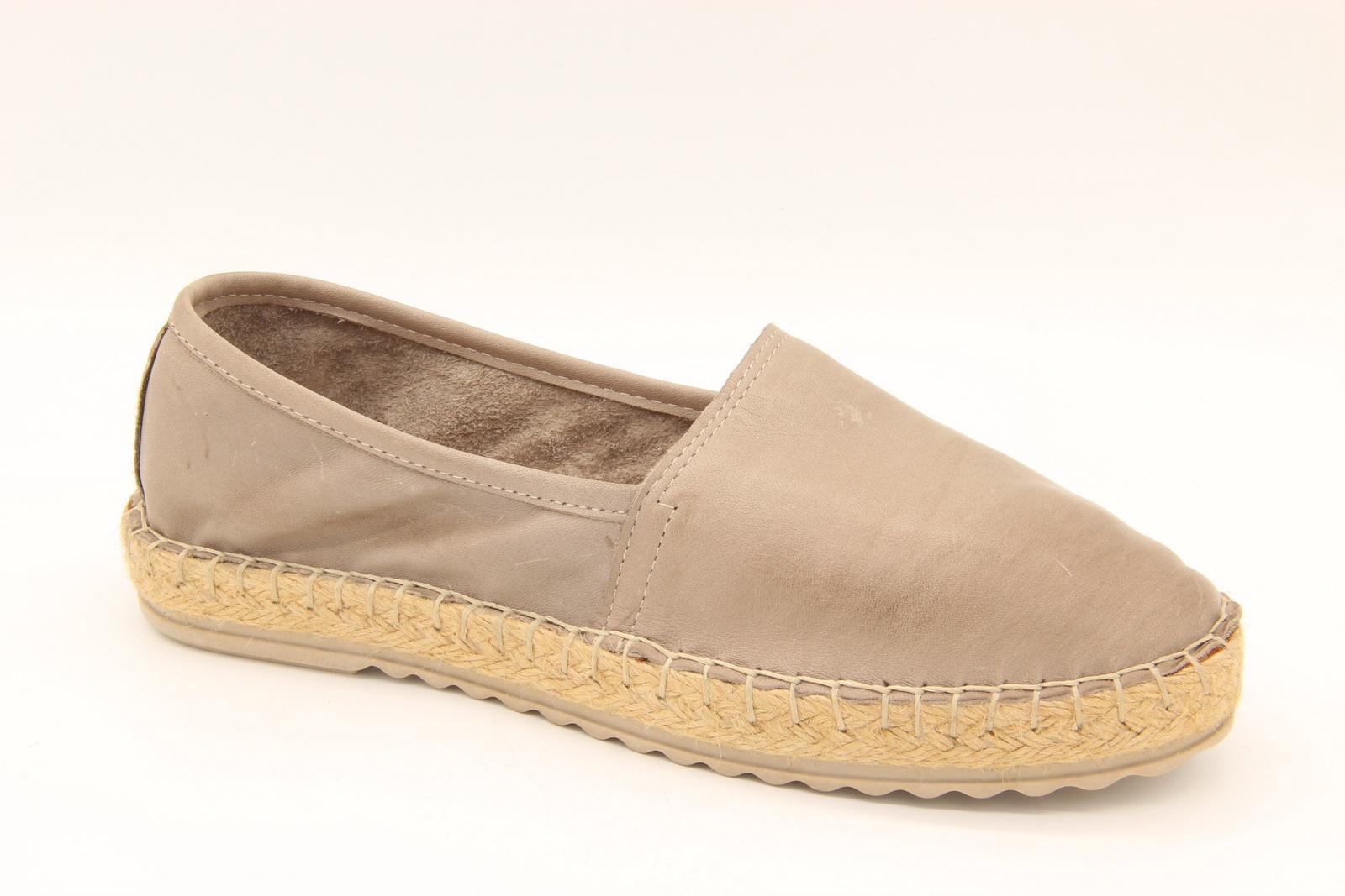 Modelli di scarpe da donna   Kardesler Kundura